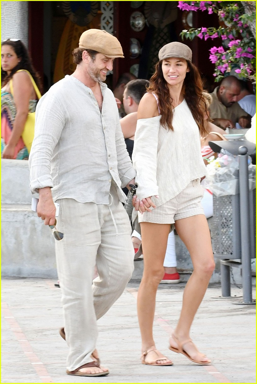gerard_butler_morgan_brown_shopping_brunella_2
